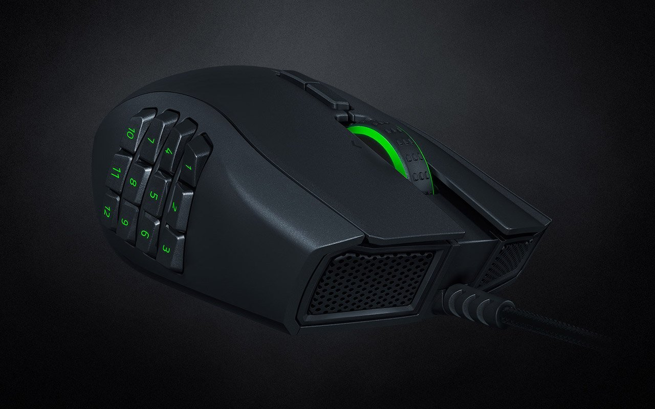 Razer Naga Left-Handed Edition makes me wish it existed before my brain calcified